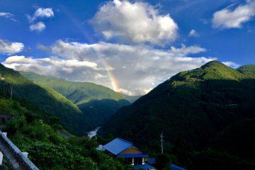 吉野川の虹